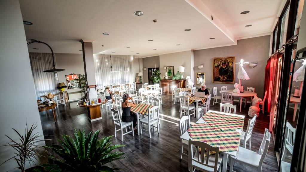 Hotel-Tuscania-Panoramico-Tuscania-Viterbo-breakfast-room-8-C14I0909