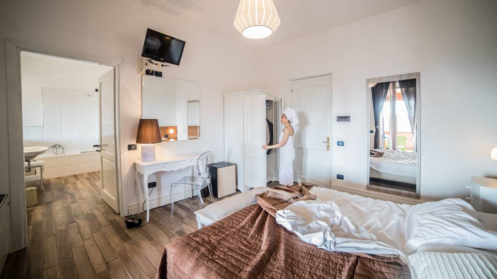 Hotel-Tuscania-Panoramico-Tuscania-Viterbo-room-1-C14I3303
