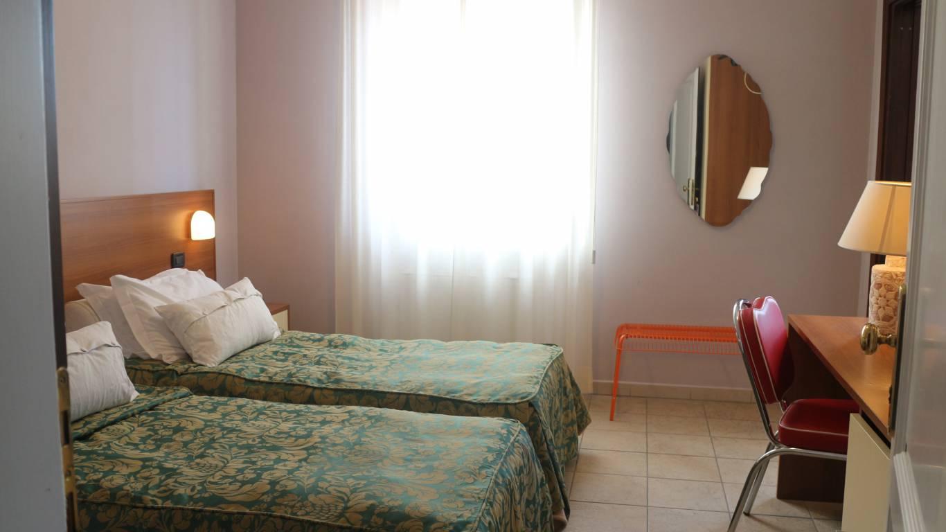 Hotel-Tuscania-Panoramico-Tuscania-Viterbo-habitación-17-7288
