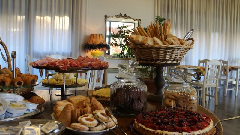 Hotel-Tuscania-Panoramico-Tuscania-Viterbo-petit-déjeuner-buffet-17-4569